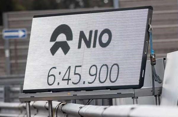 nio ep9 ring 2 600x394 at NIO EP9 Sets New Nurburgring Lap Record