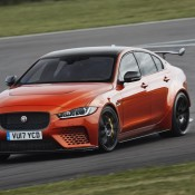 Jaguar XE SV Project 8-1