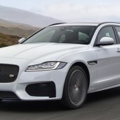 Jaguar_XF Sportbrake_Location_Exterior_140617_01