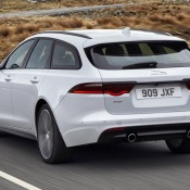 Jaguar_XF Sportbrake_Location_Exterior_140617_02
