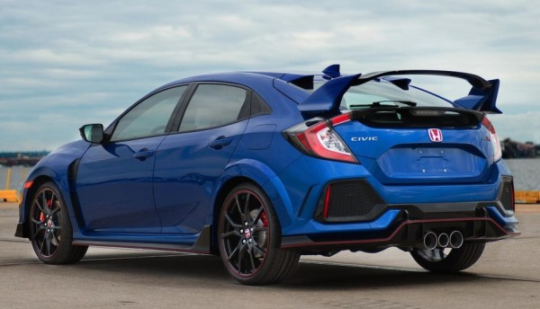 Type R charity 600x344 at First Honda Civic Type R in U.S. Raises $200K for Charity