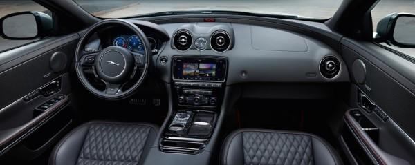 Jaguar_XJR575_18MY-00