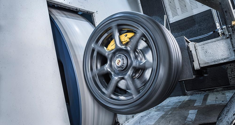 braided carbon wheel Porsche 1 at Expensive Braided Carbon Wheels for Porsche 911 Turbo S Exclusive Series