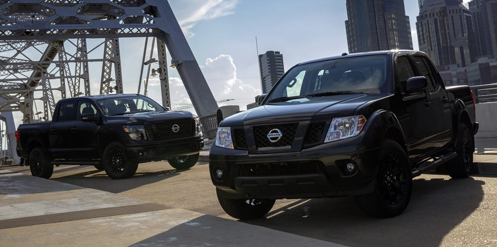 midnight edition truck 1 at Nissan Titan and Frontier Midnight Edition