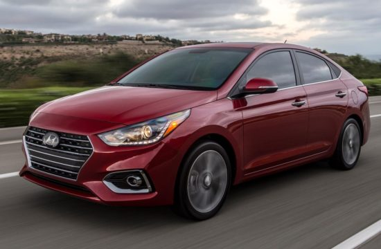 2018 Hyundai Accent 0 550x360 at 2018 Hyundai Accent Gets Improved Looks, Premium Features