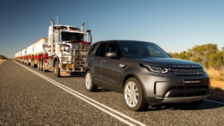 2018 Land Rover Discovery train pull 0 730x412 at 2018 Land Rover Discovery Tows 110 Tonne Road Train