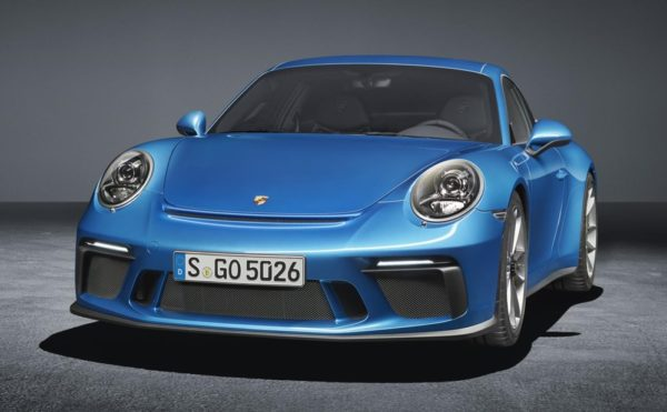 Porsche 911 GT3 Touring Package 0 600x371 at Official: Porsche 911 GT3 Touring Package (2018)