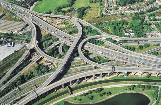 spaghetti road junction m6 550x360 at 9 Fascinating Road Junctions Across the World