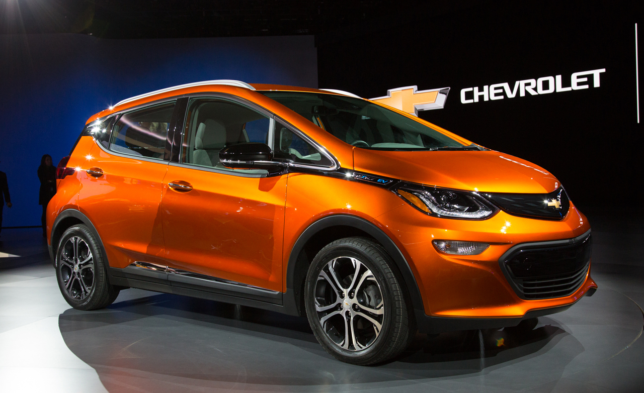 general motors reveals 2 chevrolet bolt based electric cars. Black Bedroom Furniture Sets. Home Design Ideas