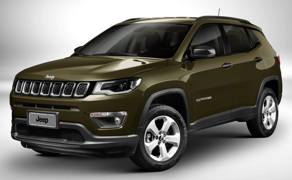 2017 jeep compass named iihs top safety pick. Black Bedroom Furniture Sets. Home Design Ideas