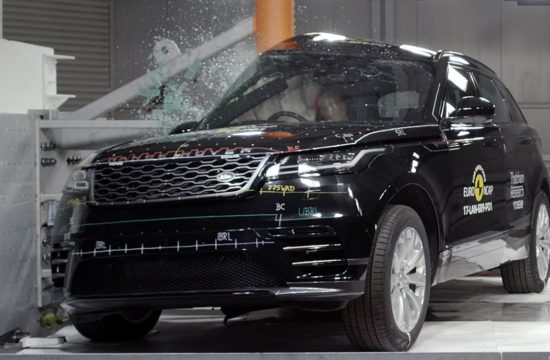 velar crash test 550x360 at Range Rover Velar Earns 5 Star Safety Rating from EuroNCAP