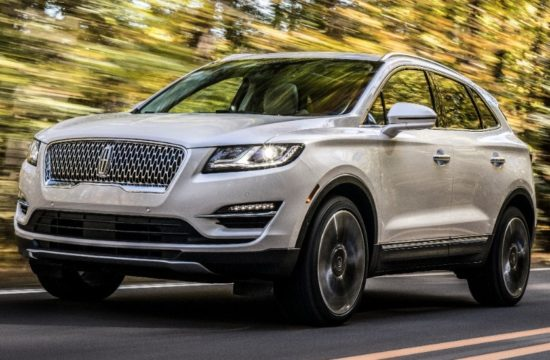 19Lincoln MKC 09 HR 550x360 at 2019 Lincoln MKC Unveiled with Fresh Looks, More Tech