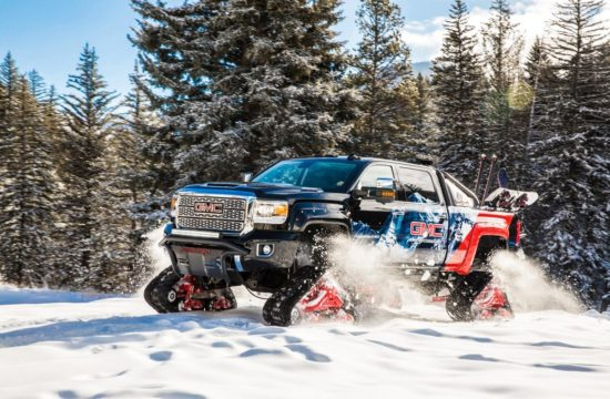 2018 GMC Sierra 2500HD All Mountain 1 550x360 at 2018 GMC Sierra 2500HD All Mountain Is the King of Slopes