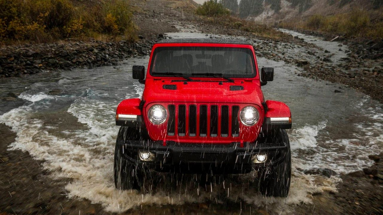 2018 jeep wrangler goes turbo in los angeles. Black Bedroom Furniture Sets. Home Design Ideas
