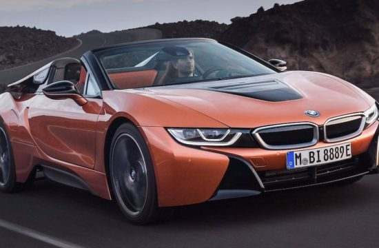 BMW i8 Roadster 1 550x360 at BMW i8 Roadster Comes with Increased Range, Good Looks