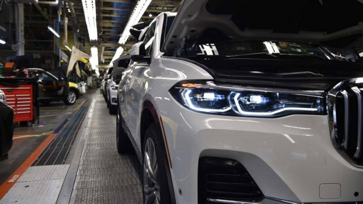BMW X7 Pre Production 1 730x411 at 2019 BMW X7 Pre Production Begins at Spartanburg Plant