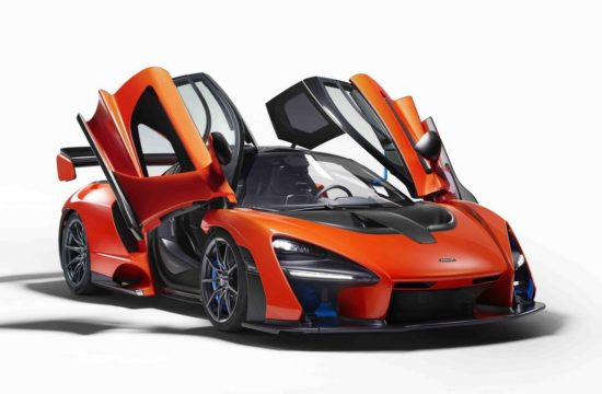 McLaren Senna 6 550x360 at Last McLaren Senna Already Auctioned for Charity