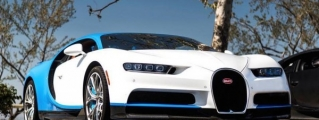 4x Bugatti Chiron Filmed Driving in Los Angeles