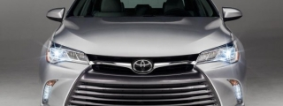 2015 Toyota Camry Unveiled with New XSE Trim