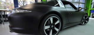 Porsche 991 Targa Looks Mean in Matte Black