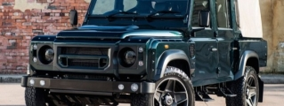 Kahn Defender Double Cab in Aintree Green