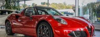 Alfa Romeo 4C Spider - Showroom Pics