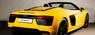 New Audi R8 Spyder Hits London
