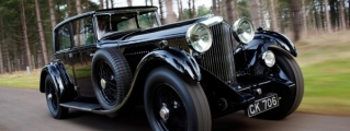 Classic Bentleys Gear Up for Hampton Court Concours