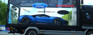 Ford GT Tours London Boxed Like a Toy Car