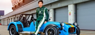 Kobayashi Gives Caterham Seven 620R a Good Thrashing