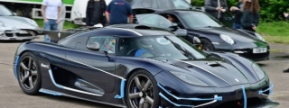 Koenigsegg One:1 Clocks 240mph at Vmax200
