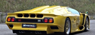 Sights and Sounds: Lamborghini Diablo GT1 Stradale