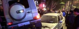 Mercedes G55 AMG Takes Out Six Cars in China!