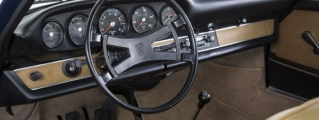 Porsche Classic Offers Brand-New Dashboard for Vintage 911s