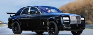 Rolls-Royce Cullinan SUV Begins Testing in Phantom's Outfit