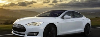 Tesla Model S Drivers Record 1 Billion Electric Miles