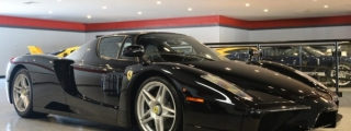 Black Ferrari Enzo Gets Smoky at Auction!