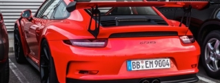 Porsche 991 GT3 RS Looks Convincingly Awesome in Lava Orange