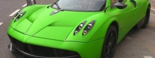 Pagani Shows Off Green-Wrapped Huayra Prototype 3