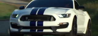 Shelby GT350 Mustang Shown Off in Action