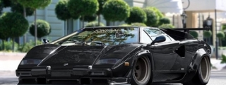 Wildly Dreaming Sibal: Slammed Wide Body Countach!