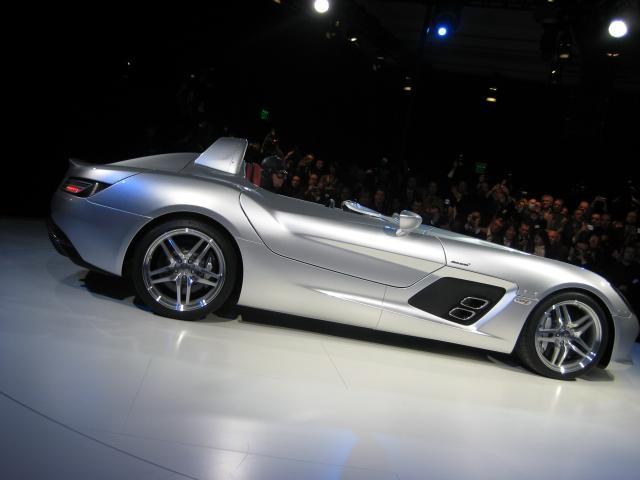 Mercedes benz mclaren slr stirling moss live pictures for Moss motors mercedes benz