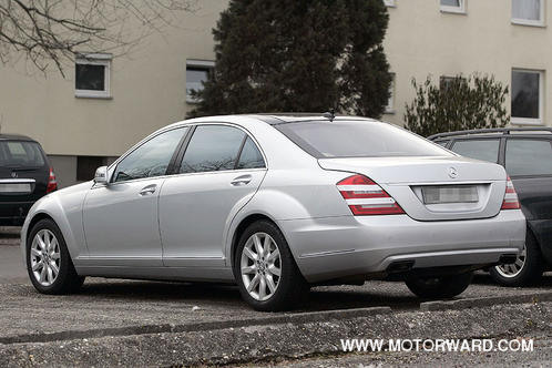 2010 mercedes benz s class spyshots undisguised. Black Bedroom Furniture Sets. Home Design Ideas