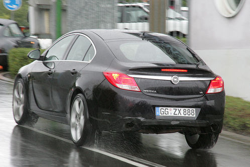 spyshots opel insignia opc sport tourer. Black Bedroom Furniture Sets. Home Design Ideas