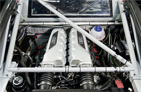 http://www.motorward.com/wp-content/uploads/2009/03/audi-gt3-r8-customer-race-program-engine-bay.jpg