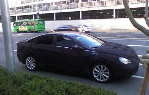 Spyshots: 2011 Hyundai Sonata 2011 hyundai sonata spy2