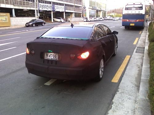Spyshots: 2011 Hyundai Sonata 2011 hyundai sonata spy3