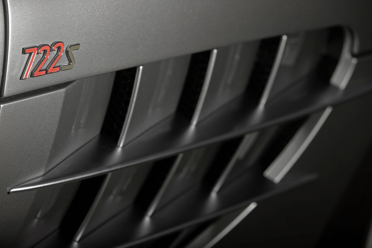 677006 1218262 5044 3363 08C1171 10 at Mclaren Mercedes SLR Roadster 722S   New pics