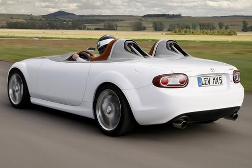 https://www.motorward.com/wp-content/images/2009/09/Mazda-MX-5-Superlight_2.jpg