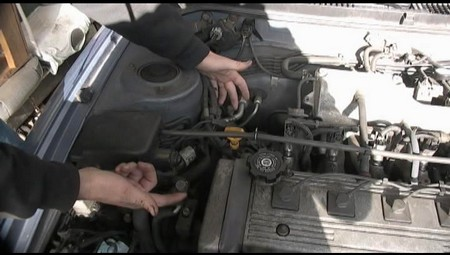 Add Freon to Car AC at How to Add Freon to a Car Air Conditioner
